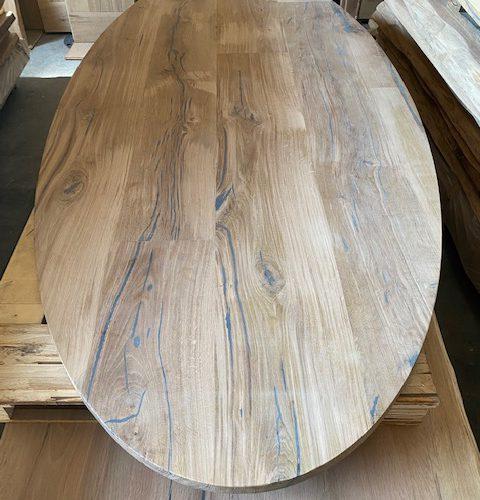 ovale eiken tafels massief